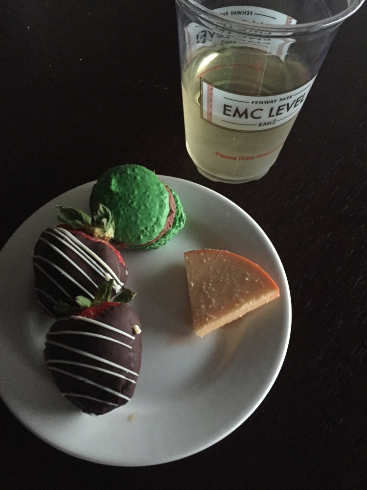 Green Monster macaron and wine in the Suite!