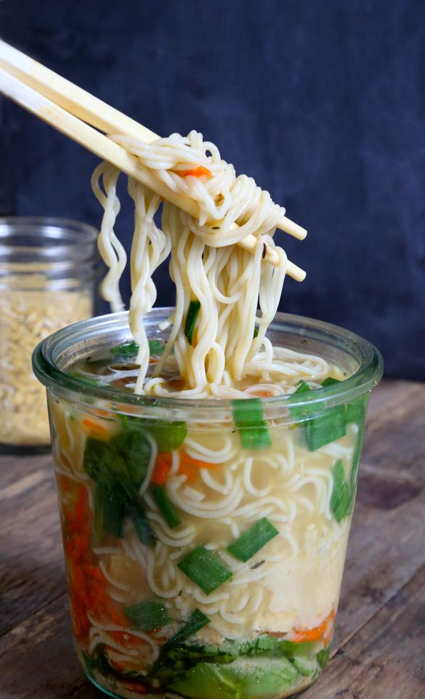 instant-noodle-cup