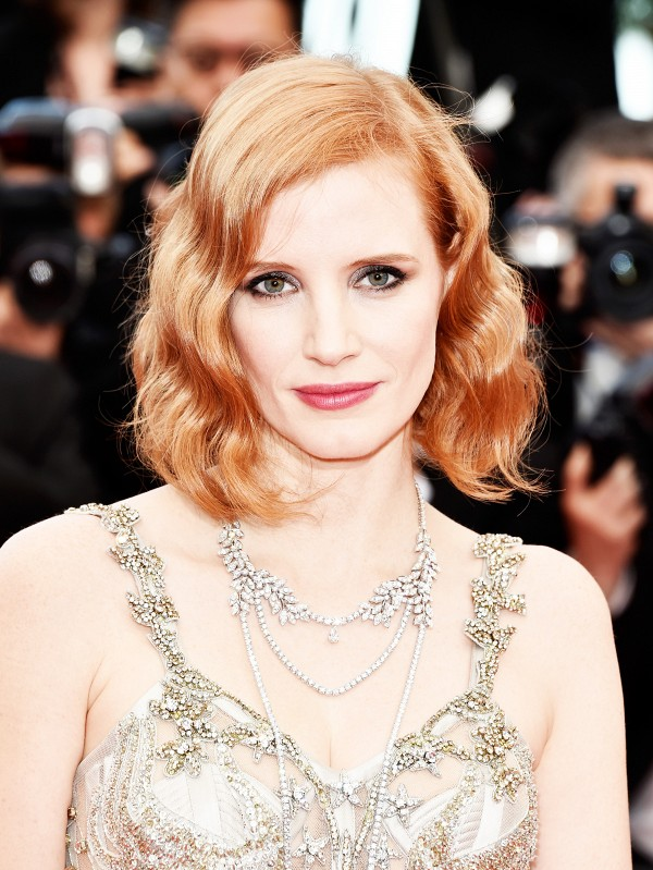 the-best-beauty-looks-on-the-cannes-red-carpet-1767304-1463077574-600x0c