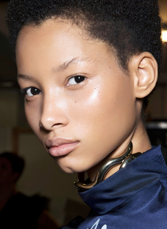 makeup-artists-agree-these-are-the-most-important-fall-beauty-trends-1901509-1473793977-640x0c