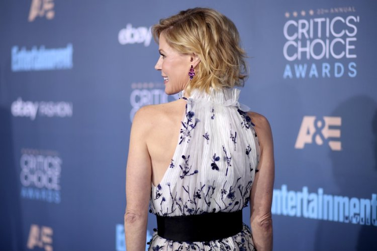 critics-choice-awards-red-carpet-jewelry-2017