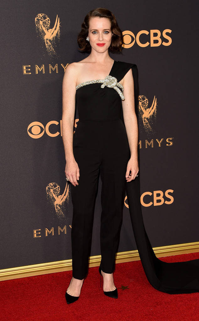 rs_634x1024-170917163941-634-claire-foy-emmy-awards-arrivals-2017