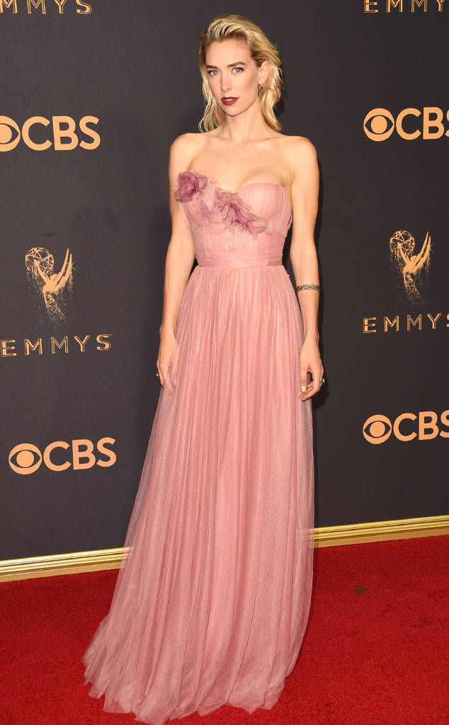 rs_634x1024-170917164500-634-vanessa-kirby-emmy-awards-arrivals-2017